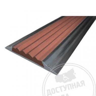 Алюминиевая накладная полоса с противоскользящей вставкой на самоклеющейся основе, без покрытия, 46х5 мм