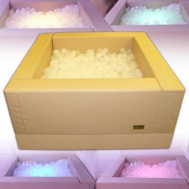 Интерактивный сухой бассейн с пультом управления (Рекомендуемое количество шариков - 3000 шт.)
